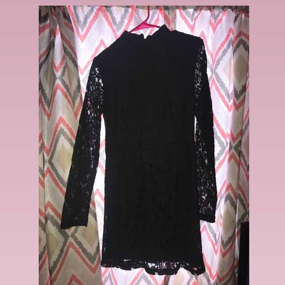 Forever 21 Dresses & Skirts - Black lace dress